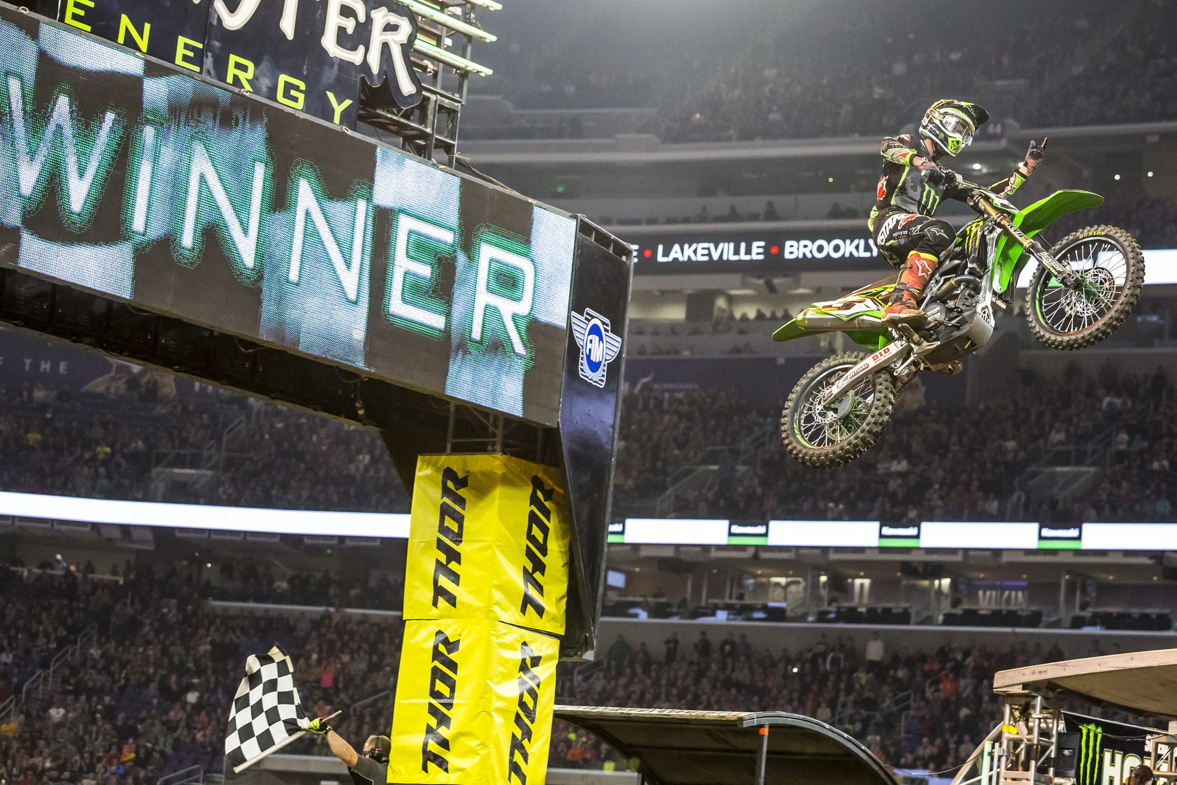 Monster Energy Kawasaki Sweeps 2017 Minneapolis SX